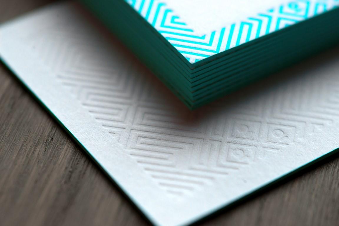 Carte de visite letterpress blanc fluo (2)