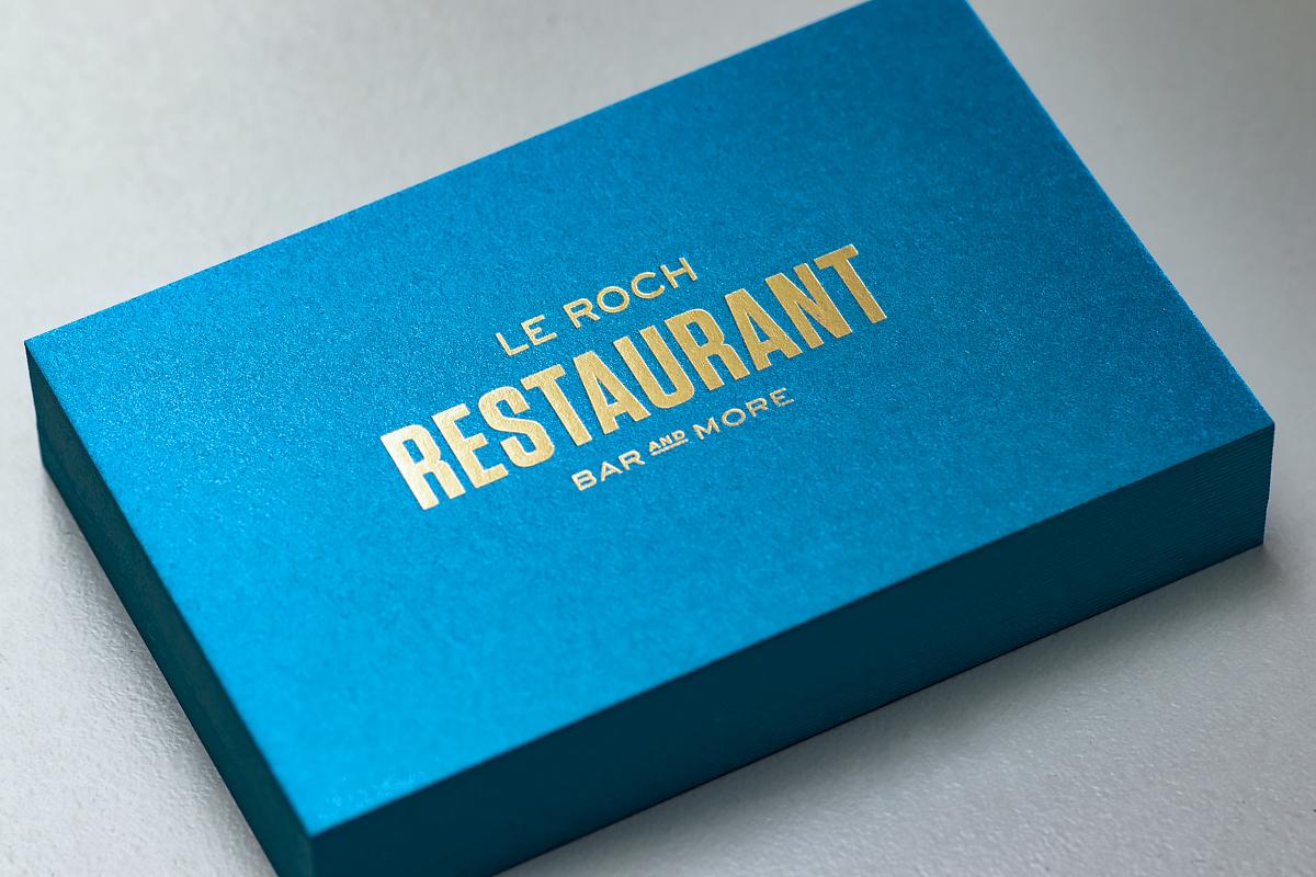 Carte de visite élégante pour un restaurant